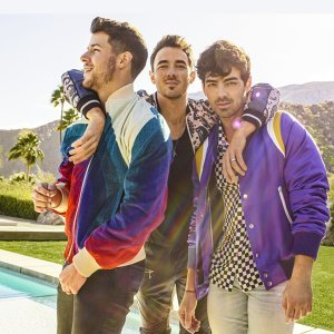 Jonas Brothers (強納斯兄弟)