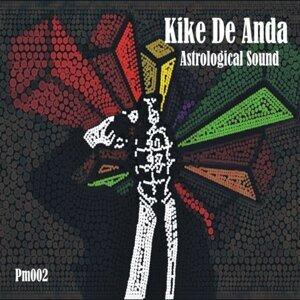 Kike De Anda 歌手頭像