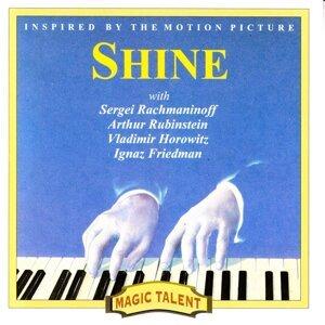 Rachmaninoff, Rubinstein, Friedman, Horowitz 歌手頭像