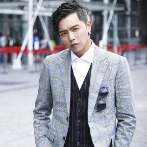 黃鴻升 (Alien Huang) 歌手頭像