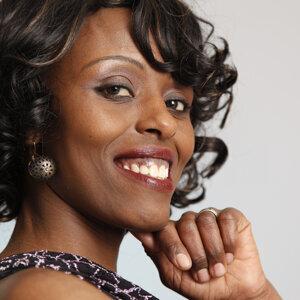 Esther Mwangi 歌手頭像