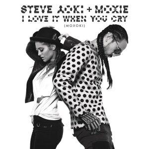 Steve Aoki & Moxie Raia