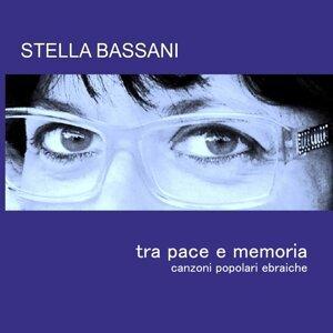Stella Bassani 歌手頭像