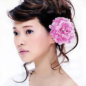伊能靜 (Annie Yi)