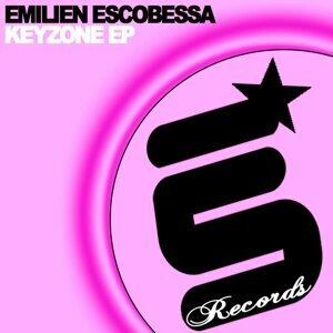 Emilien Escobessa 歌手頭像