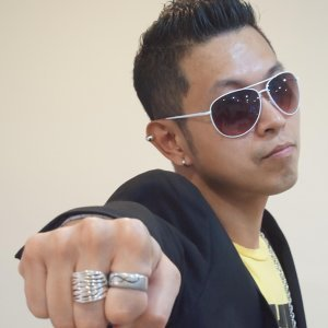Ken Chong 歌手頭像