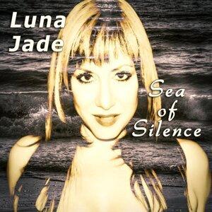 Luna Jade 歌手頭像