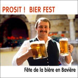 Prosit ! Bierfest, Fête de la bière en Bavière 歌手頭像
