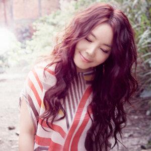 Winnie Hsin (辛曉琪)