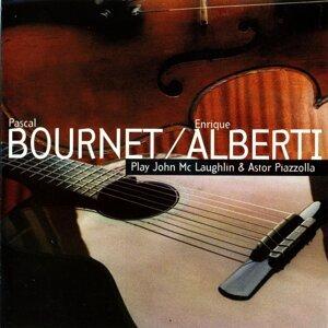 Pascal Bournet, Henrique Alberti 歌手頭像