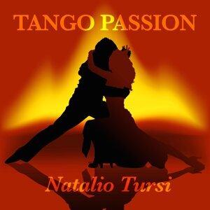 Natalio Tursi 歌手頭像