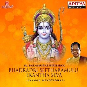 M. Balamuralikrishna, P. Susheela 歌手頭像