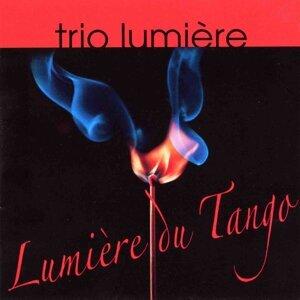 Trio Lumière 歌手頭像