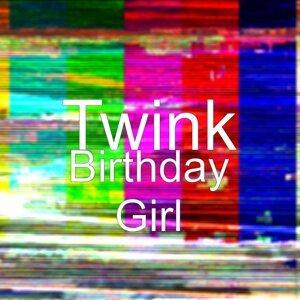 Twink 歌手頭像