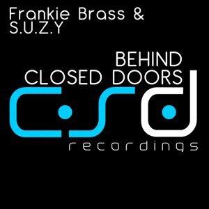 Frankie Brass, S.U.Z.Y 歌手頭像