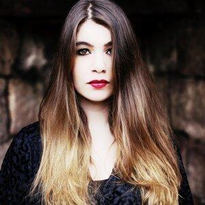 Liselot Van Oosterom 歌手頭像