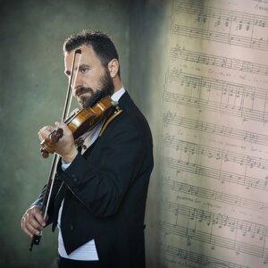 Isac Pietrasanta 歌手頭像