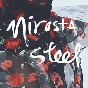 Nirosta Steel 歌手頭像