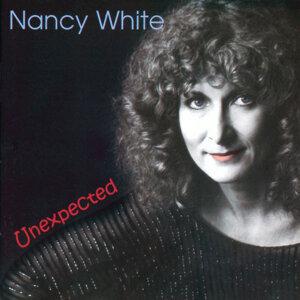 Nancy White 歌手頭像