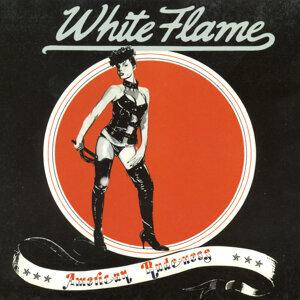 White Flame 歌手頭像