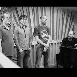 Martin Zenker Quartet 歌手頭像