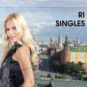 Ri 歌手頭像