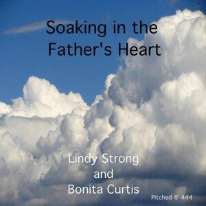 Lindy Strong & Bonita Curtis 歌手頭像