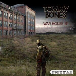 Tommy Bones