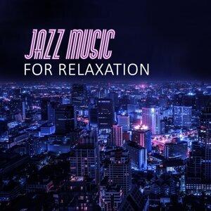 Relaxing Piano Night Club 歌手頭像