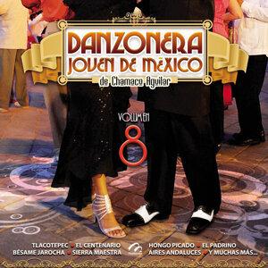 Danzonera Joven De Mexico De Chamaco Aguilar 歌手頭像