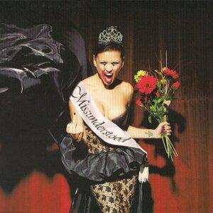 Nina Osenar 歌手頭像