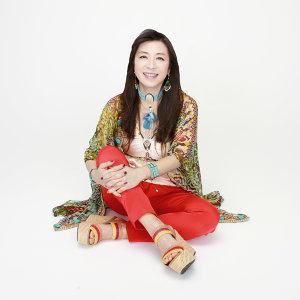 Lisa Ono Artist photo