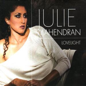 Julie Mahendran 歌手頭像