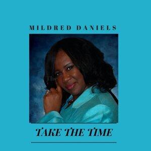 Mildred Daniels 歌手頭像