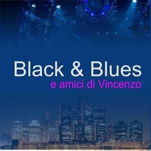 Black & Blues 歌手頭像