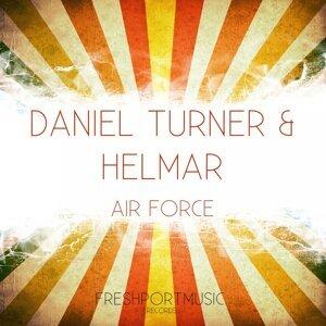 Daniel Turner, Helmar 歌手頭像