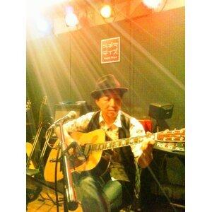 Toshihiro 歌手頭像
