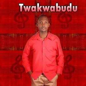 Yelonimo Mwalo 歌手頭像