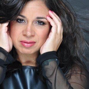 Carla Virola 歌手頭像