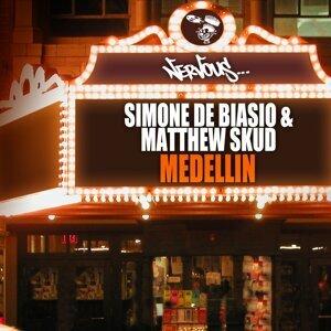 Simone De Biasio, Matthew Skud 歌手頭像