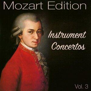 Wiener Philharmoniker, Herbert von Karajan, Leopold Wlach 歌手頭像