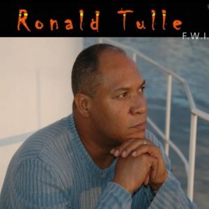Ronald Tulle 歌手頭像