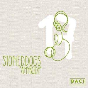 StonedDogs 歌手頭像