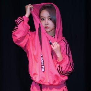 劉芷妃 歌手頭像