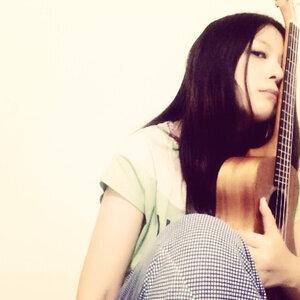長路 (Lois Cheung) 歌手頭像