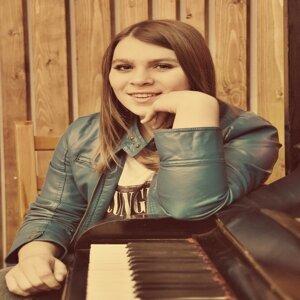 Carolina Brusse 歌手頭像