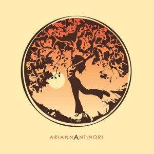 Arianna Antinori 歌手頭像