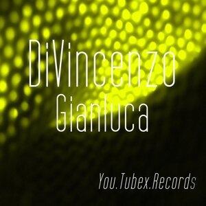 Gianluca Di Vincenzo, Di Vincenzo 歌手頭像