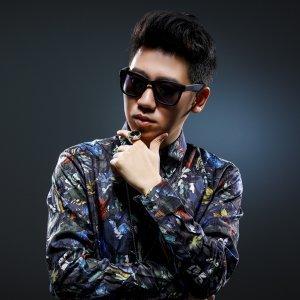 王繹龍 歌手頭像