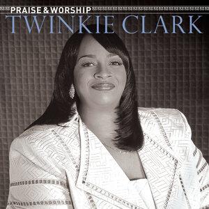 Twinkie Clark Artist photo